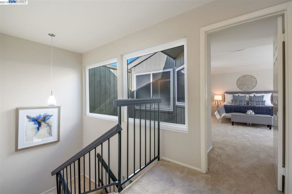 131 Inverness Way preview