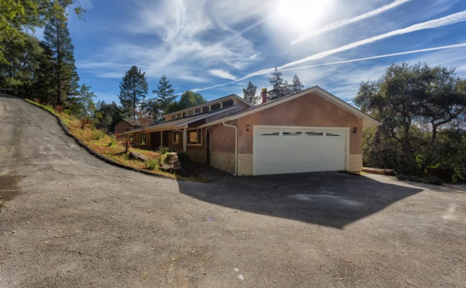 23416 Sunset Dr preview