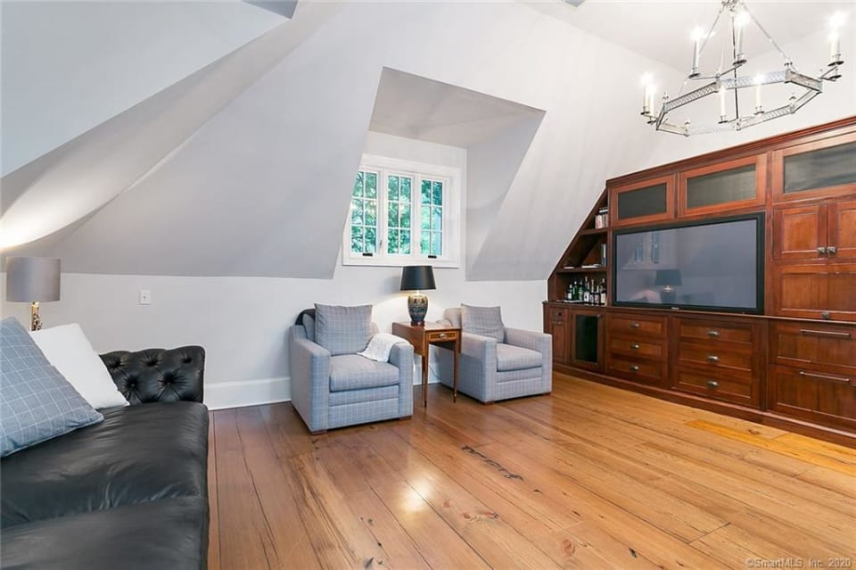6 Woodley Rd preview