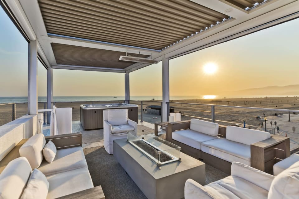 In Escrow | 1255 Palisades Beach Road preview
