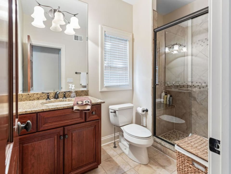 1129 Summit Hills preview