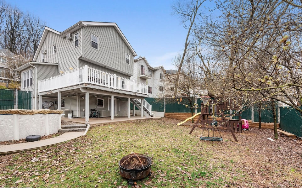 35 Wandel Ave preview