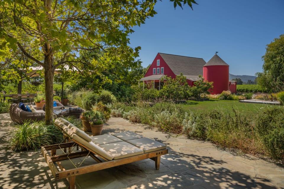 SOLD | Oak Knoll Vineyard Estate