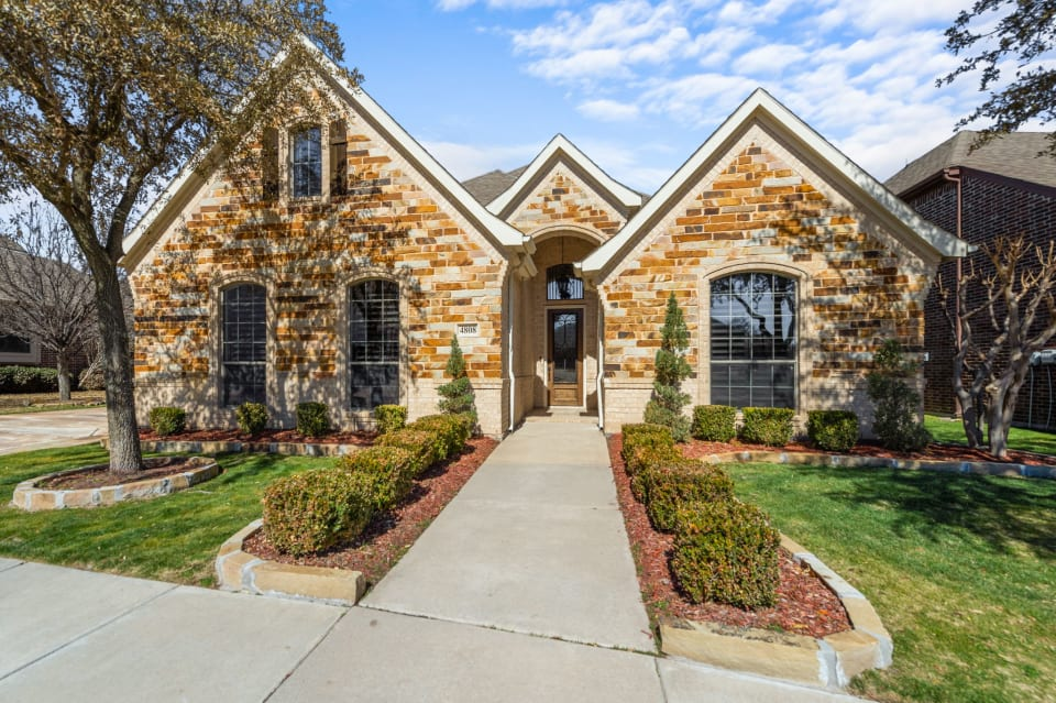 Great Curb Appeal in Reata West preview