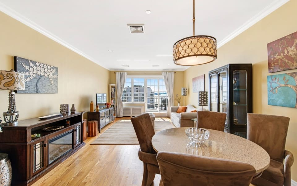 155 Bay St, #5C preview