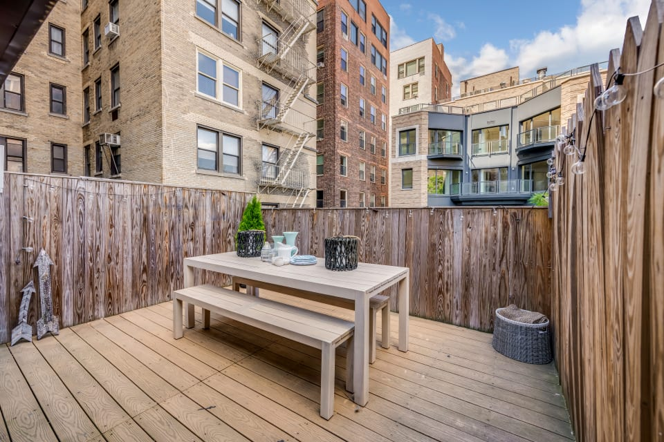 171 W 73rd St, Unit 10 preview