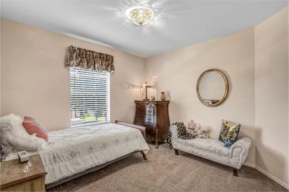 Buyer Represented - Cat Hollow preview