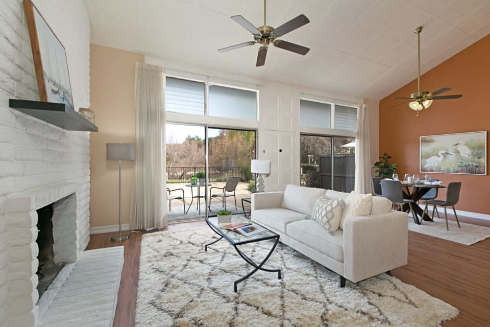 3404 Oak Cliff Dr Unit 4 preview