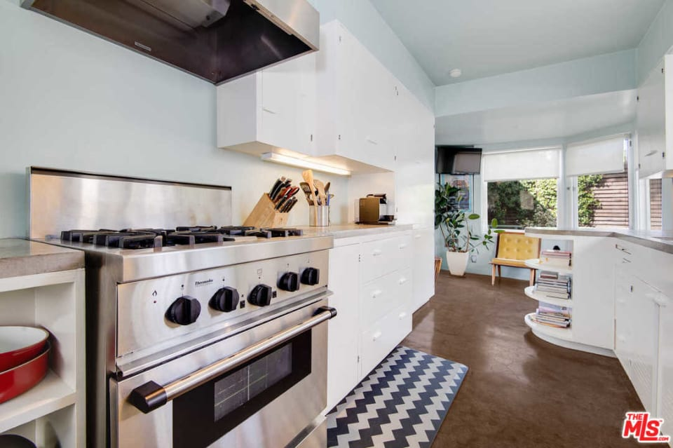 3896 Franklin Ave preview