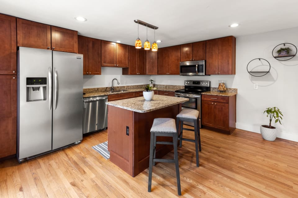 3890 E Wesley Ave preview