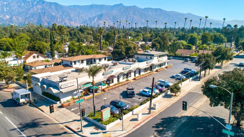 918 N. Lake Ave., Pasadena