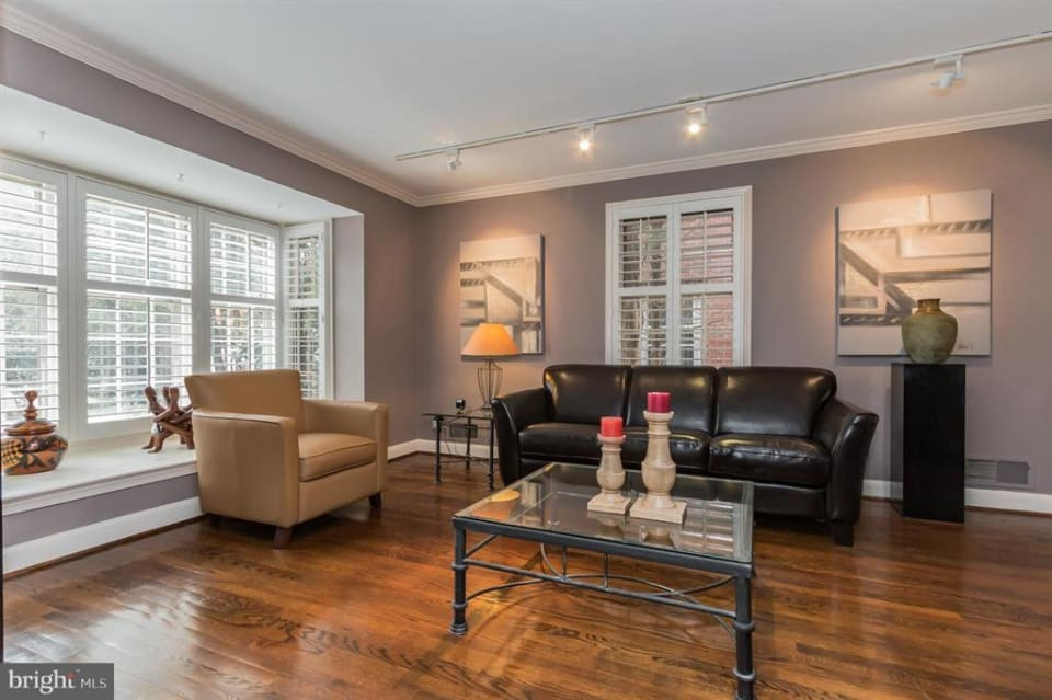 5803 Manchester Pl NW preview