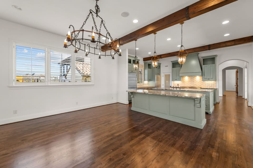 Spectacular Views in Riverhills preview