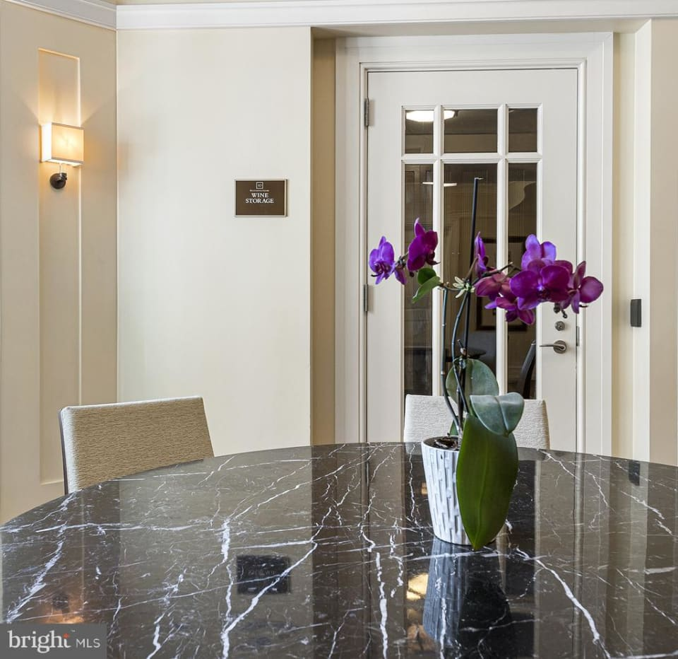 Residence 1306 at 10 Rittenhouse  preview