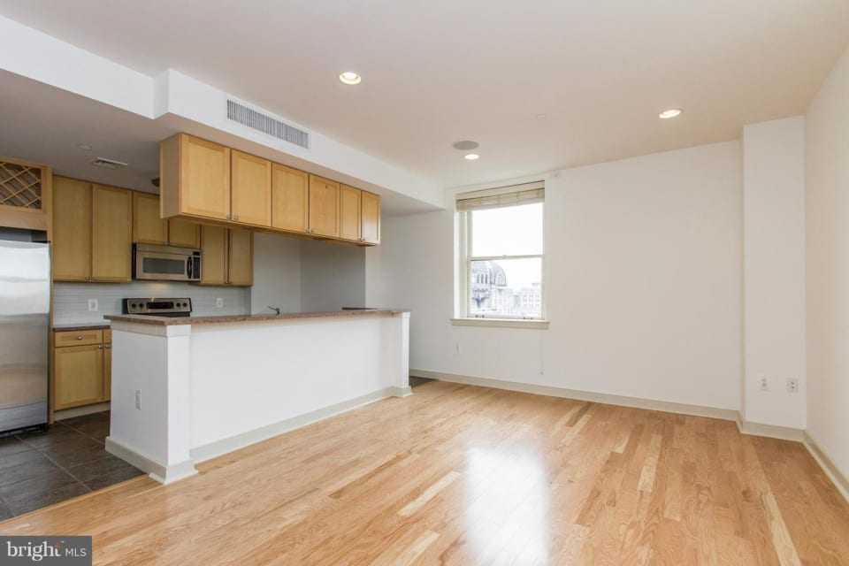 111 S 15th St, #2102 preview