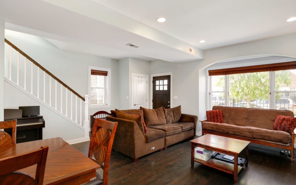 3539 W Wolfram St preview