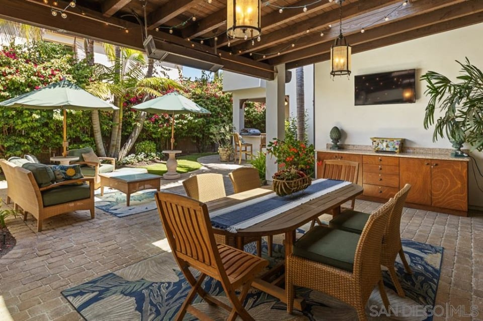 142 S Granados Ave preview