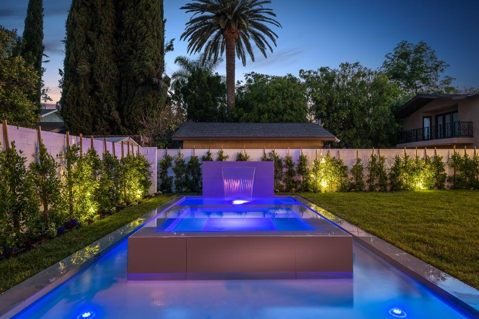 Stunning Modern Smart Home in Sherman Oaks preview