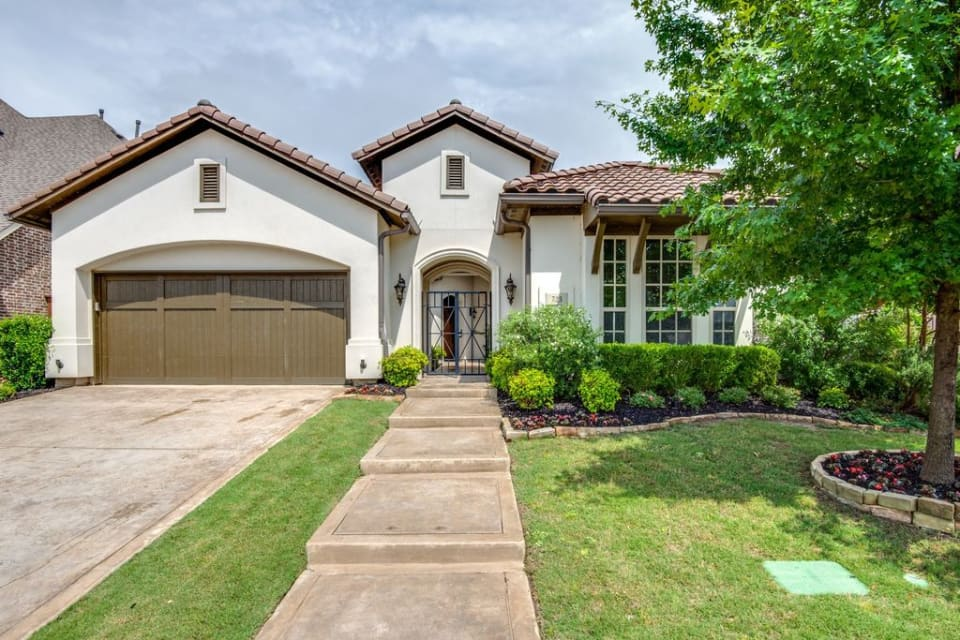 723 Brookstone Dr preview
