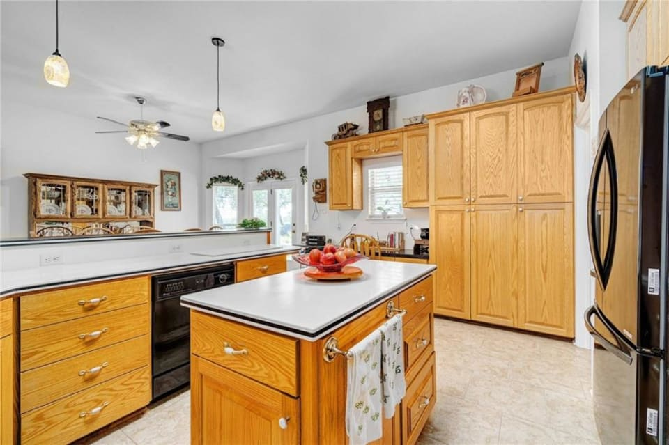 1101 Myers Creek Rd preview
