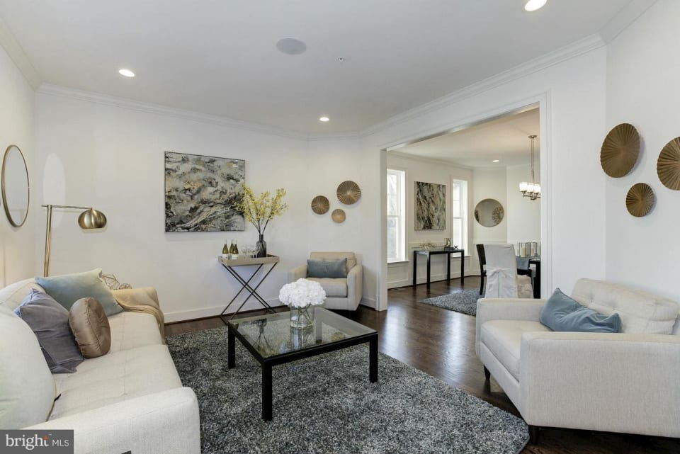 5910 Kingswood Road preview