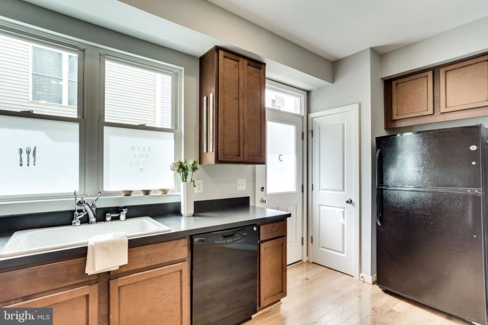 1029 5th ST SE preview