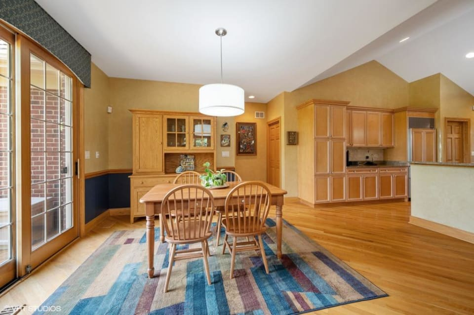 2516 Independence Avenue preview