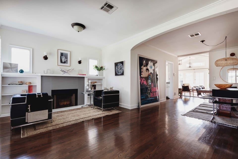 2347 Greenfield Ave preview