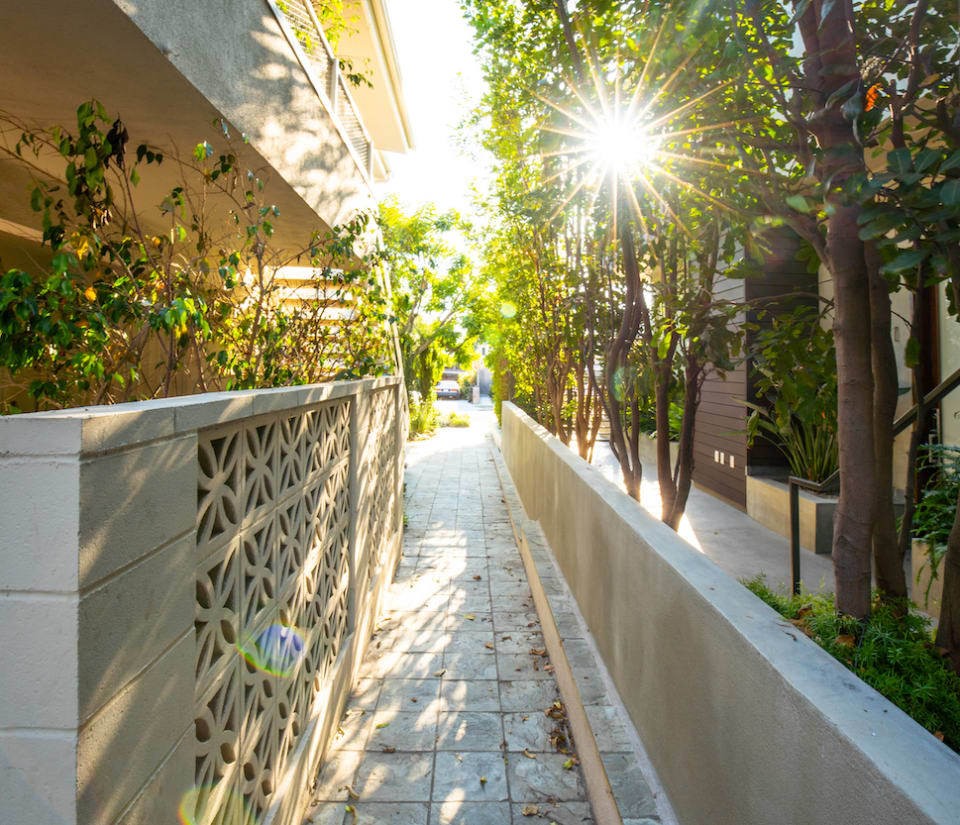 Charming Santa Monica Townhome preview