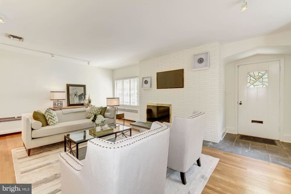4515 Davenport St NW preview