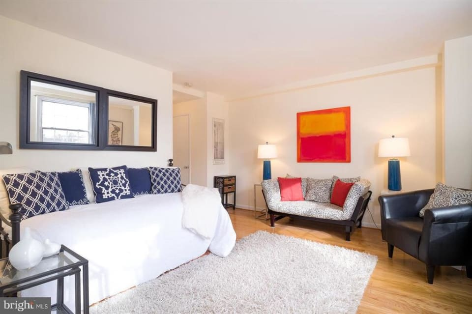 1880 Columbia Rd NW, #405 preview