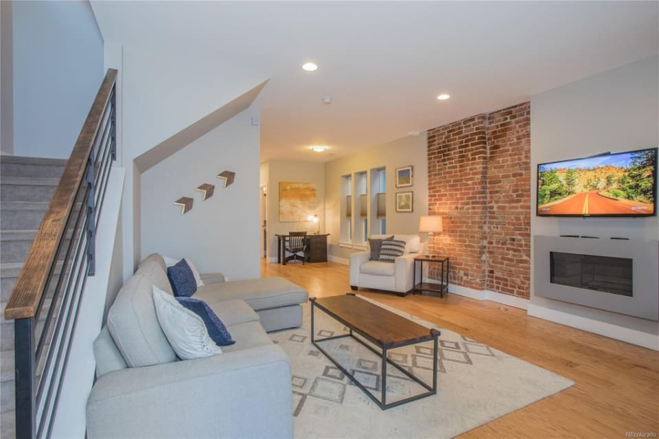 3349 W 32nd Ave preview