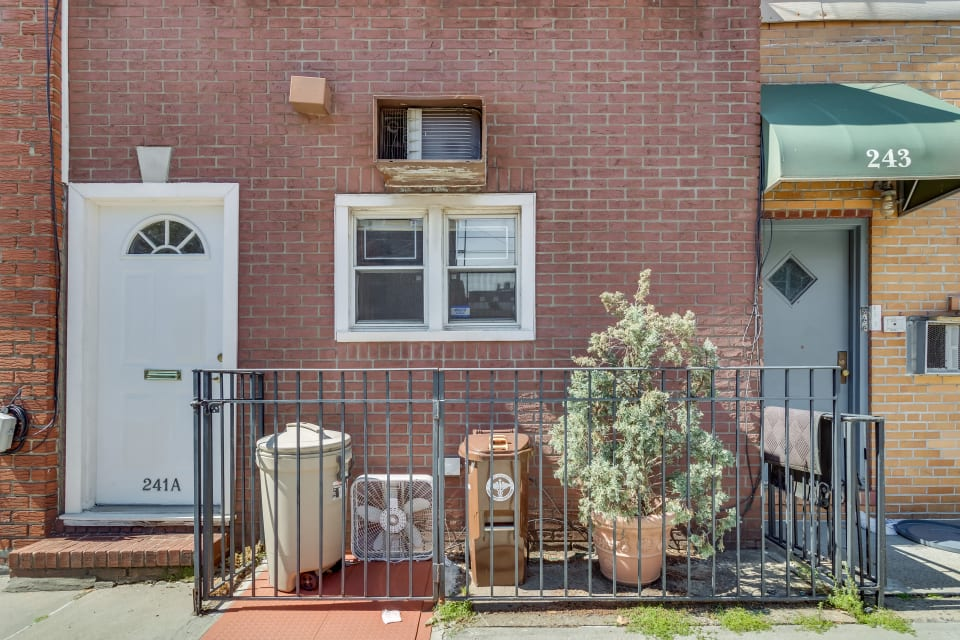 241A Nassau Ave preview