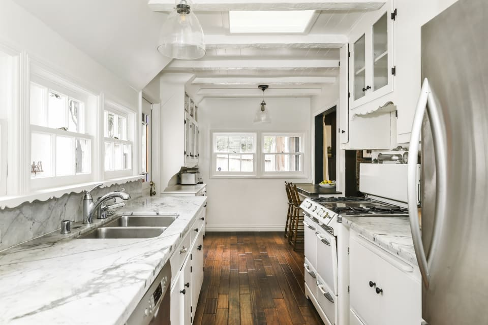 8901 Wonderland Ave preview