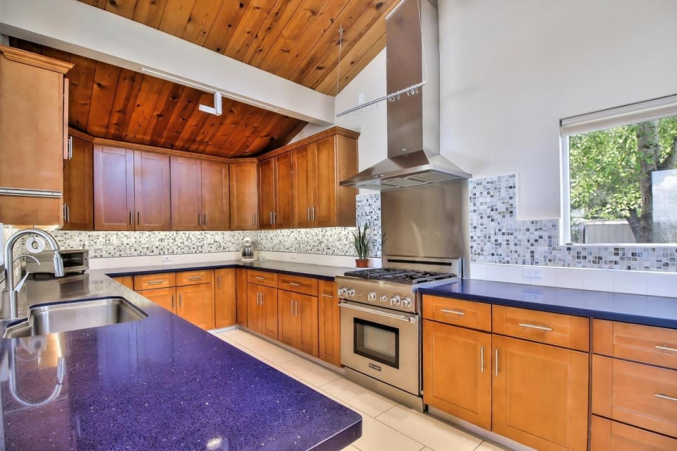 24569 Hutchinson Rd preview