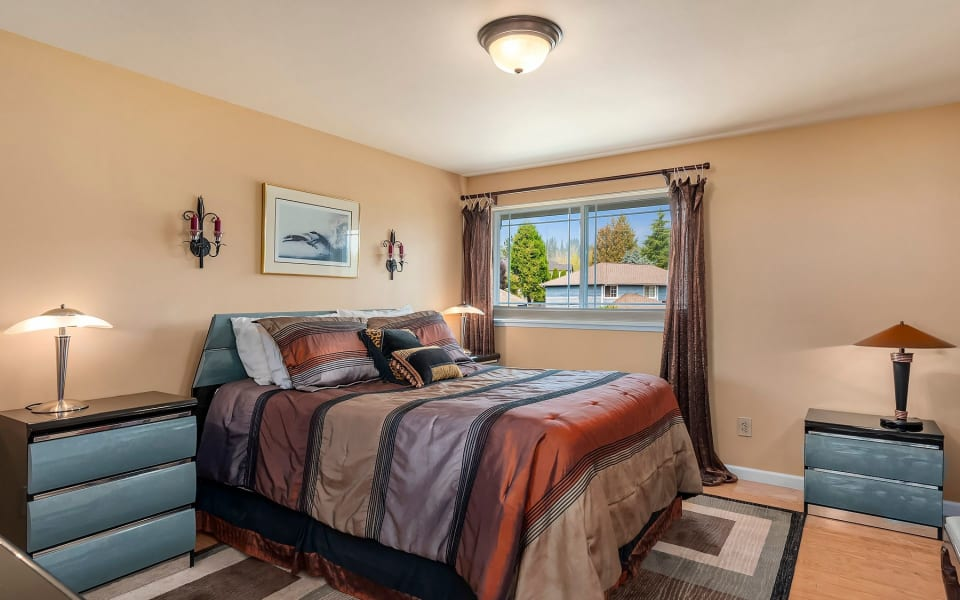 713 213th St SE preview