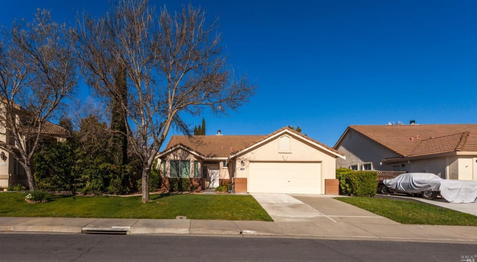 332 Marston Ct preview