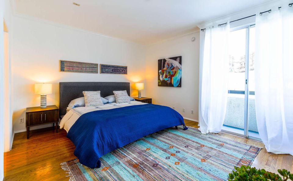 Top Floor Corning Villa preview