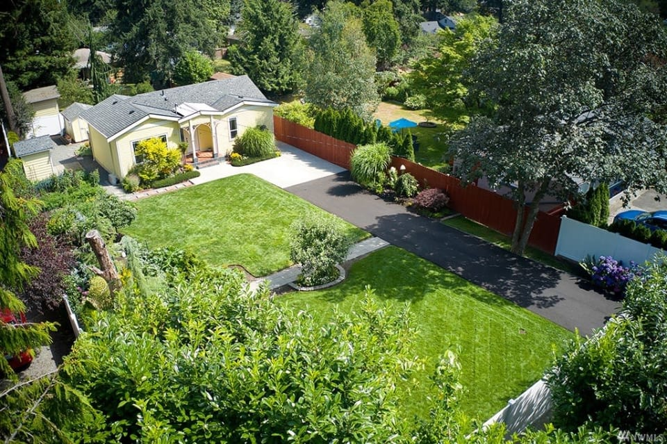 11726 8th Ave NE, Seattle 98125 preview