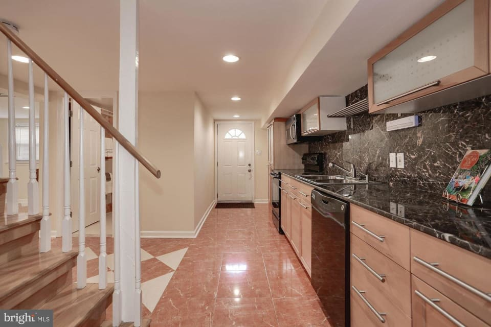 6400 Bells Mill Road preview