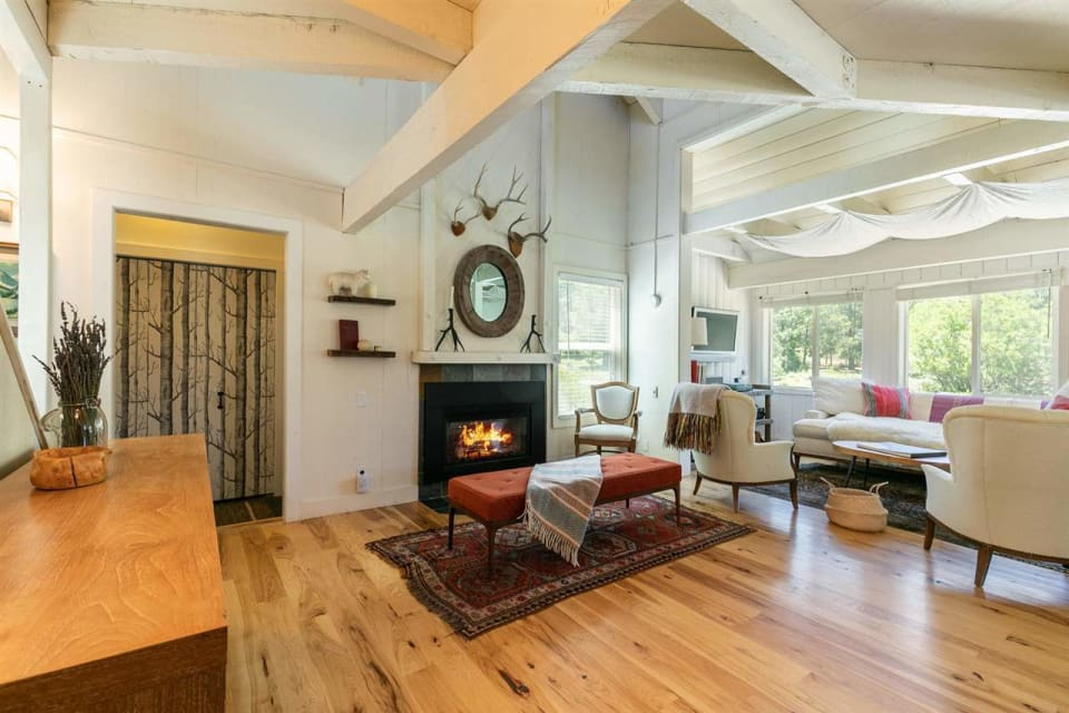 14219 Northwoods Blvd preview