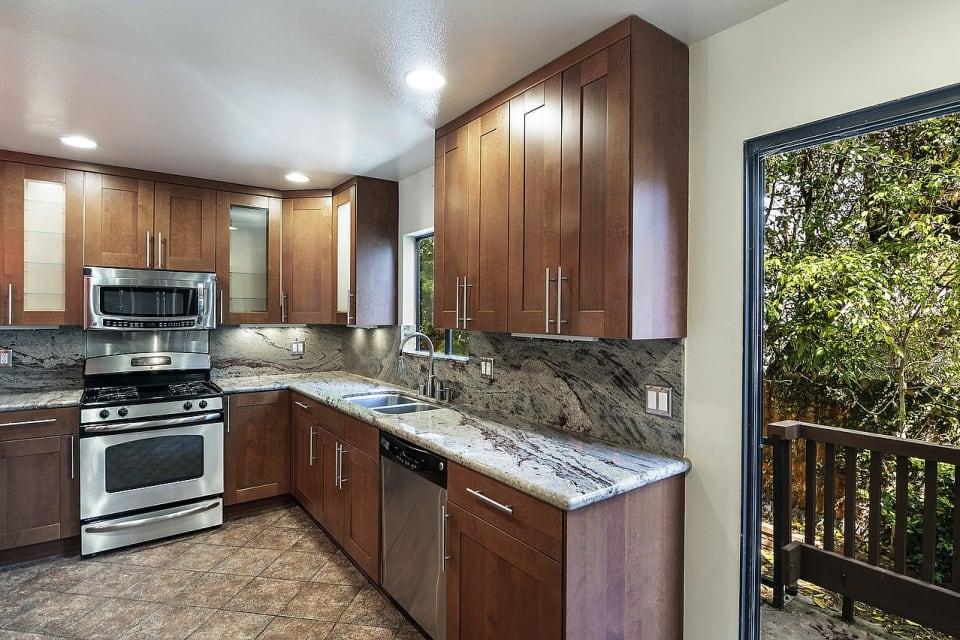 2216 Bentley Ave #10 preview