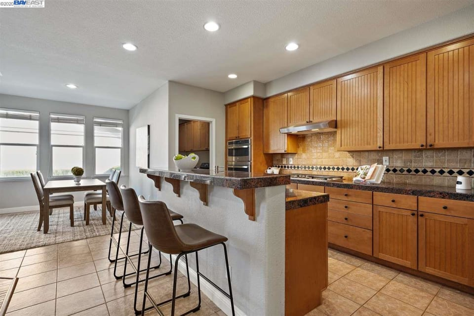 1429 Whispering Oaks Way preview