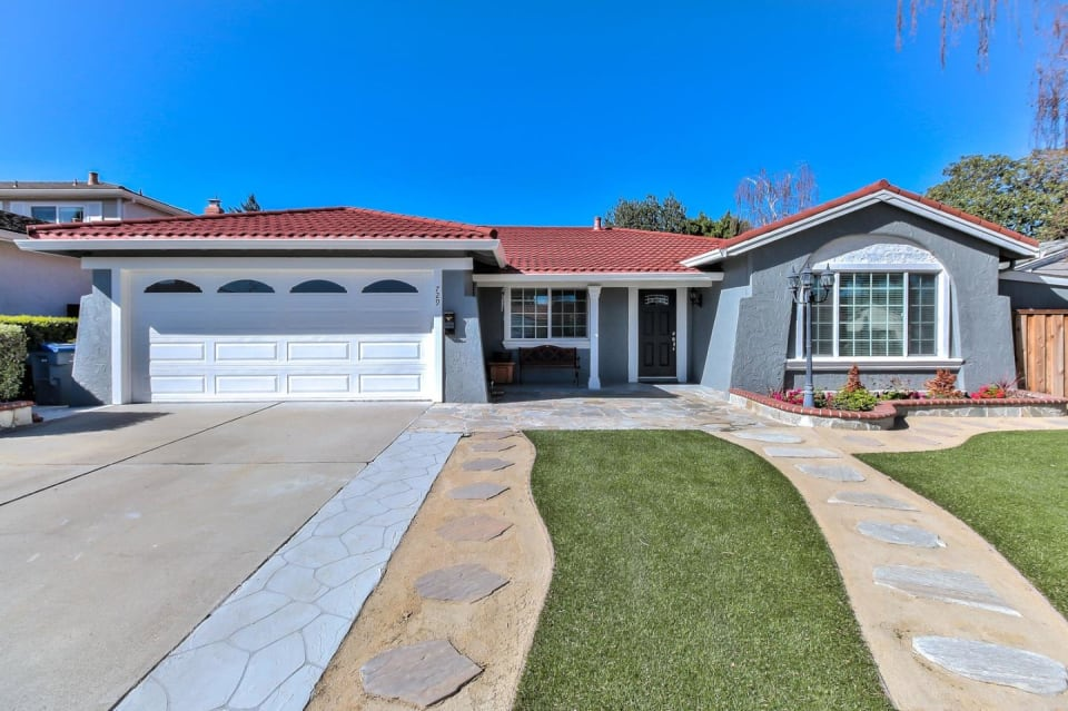 729 Sequoia Dr preview