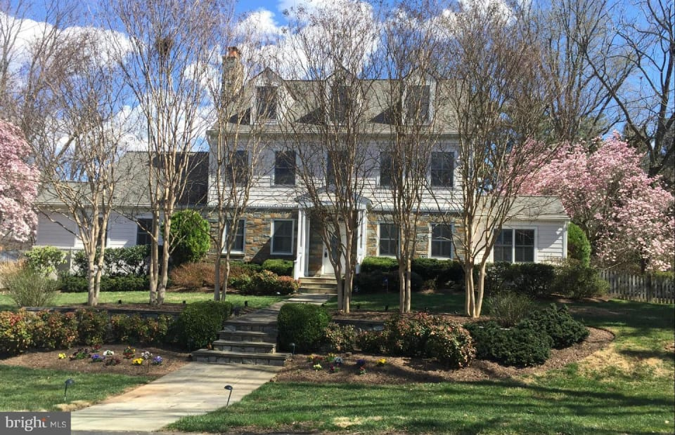 11425 Luxmanor Road preview