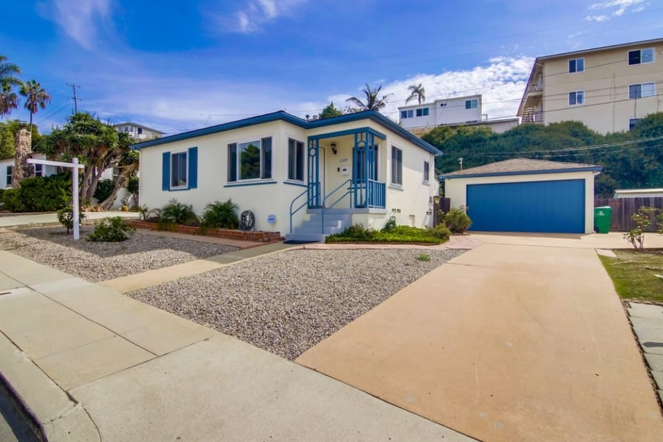 2309 Poinsettia Dr preview