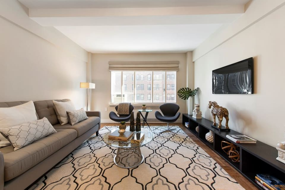 315 W End Ave, #8B preview