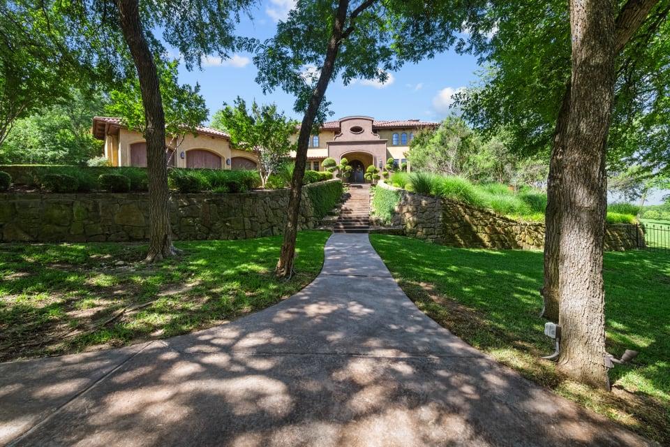 9473 Sagrada Park  preview