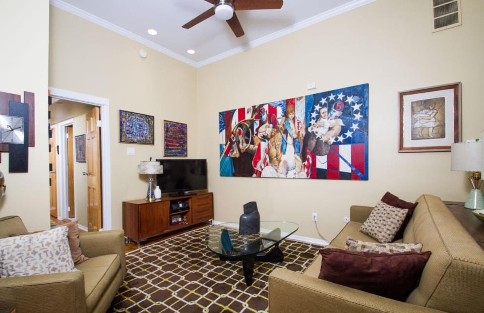 1029-33 Spruce St, #102 preview