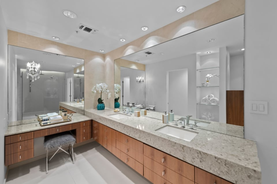 Modern and Light in the Neil P. preview